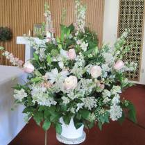 Wedding Ceremony Flowers; Pittsburgh Weddings; Blumengarten