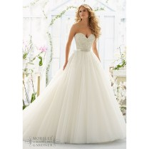 2016 Princess Wedding Dresses Ball Gown Beaded Sequins Sweetheart