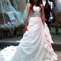 40 Beautiful Wedding Gown Ideas For Short Women