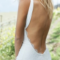 Backless Beach Wedding Dresses For The Sultry Siren In You – Beach