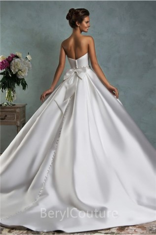 Simple Royal Ball Gown Strapless Satin Draped Wedding Dress With