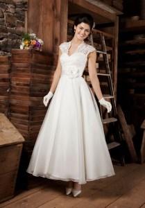 Vintage Style Tea Length Wedding Dresses