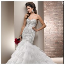 Wedding Dresses With Bling And Ruffles