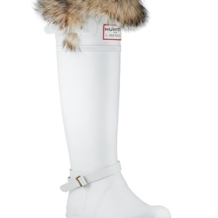 Winter Bride Idea Winter Wedding Boots For Your Outdoor Pictures
