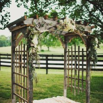 Woodsy Tennessee Wedding