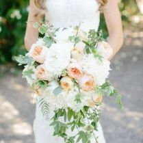 20 Stunning Cascading Bouquets & Expert Tips From Florists