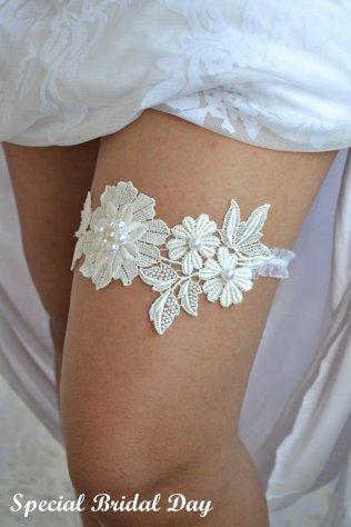 Adriana Bridal Garter Set Soft Flower Garter Set Gtr71057 White