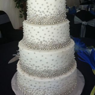 Blinged Out Wedding Cakes