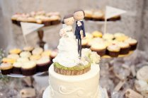 Bride Groom Wedding Cake Toppers Custom With Realistic Wedding Garb