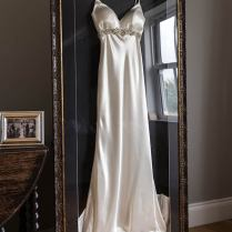 Frame Your Wedding Dress And Accessories With The Beautiful Frame