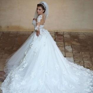 Popular Wedding Dresses With Detachable Train