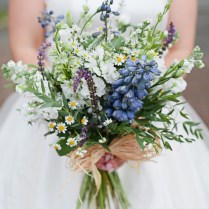 10 Wildflower Wedding Bouquets