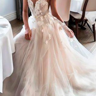 27 Peach & Blush Wedding Dresses You Must See