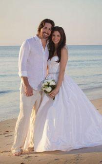 30 Beach Wedding Groom Attire Ideas Hi Miss Puff Beach Wedding