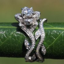Rose Diamond Wedding Ring Satisfaction Platinum Blooming Work Of