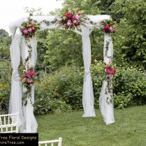 Terrific How To Decorate A Wedding Arch With Tulle And Flowers 39