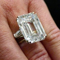 The Royal Order Of Sartorial Splendor Wedding Wednesday Queen