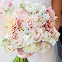 Wedding Bouquet Inspiration For Your Paris Wedding