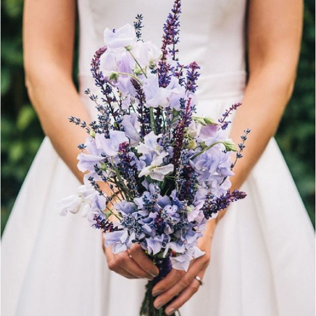 Wedding Bouquets With Lavender 25 Lavender Wedding Bouquets Favors