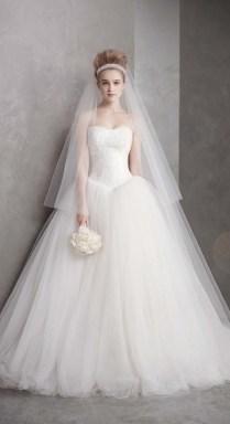 The Beautiful Vera Wang Wedding Dress – Acetshirt
