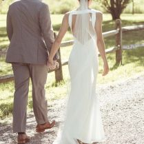 Vera Wang 'micaela' Size 2 Used Wedding Dress Back View On Bride