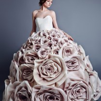 8 Outrageous & Extravagant Wedding Dresses