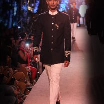 Indian Wedding Suits For Groom 12 Designs From The Best Designers