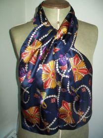 Nick & Nora A Beautiful Long Pearls & Jewels Design Vintage Silk