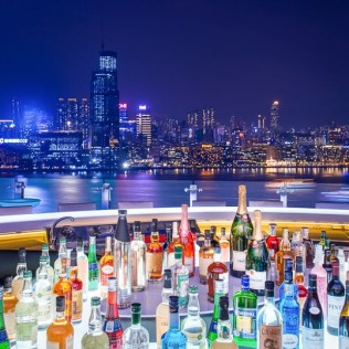 Skye Rooftop Bar, Park Lane Hong Kong