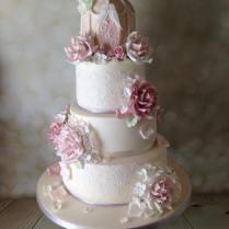 Vintage Lace Birdcage Wedding Cake