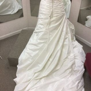 Houston's Wedding Dress Rental
