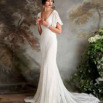 Vintage Inspired Wedding Dresses And Their Advantages