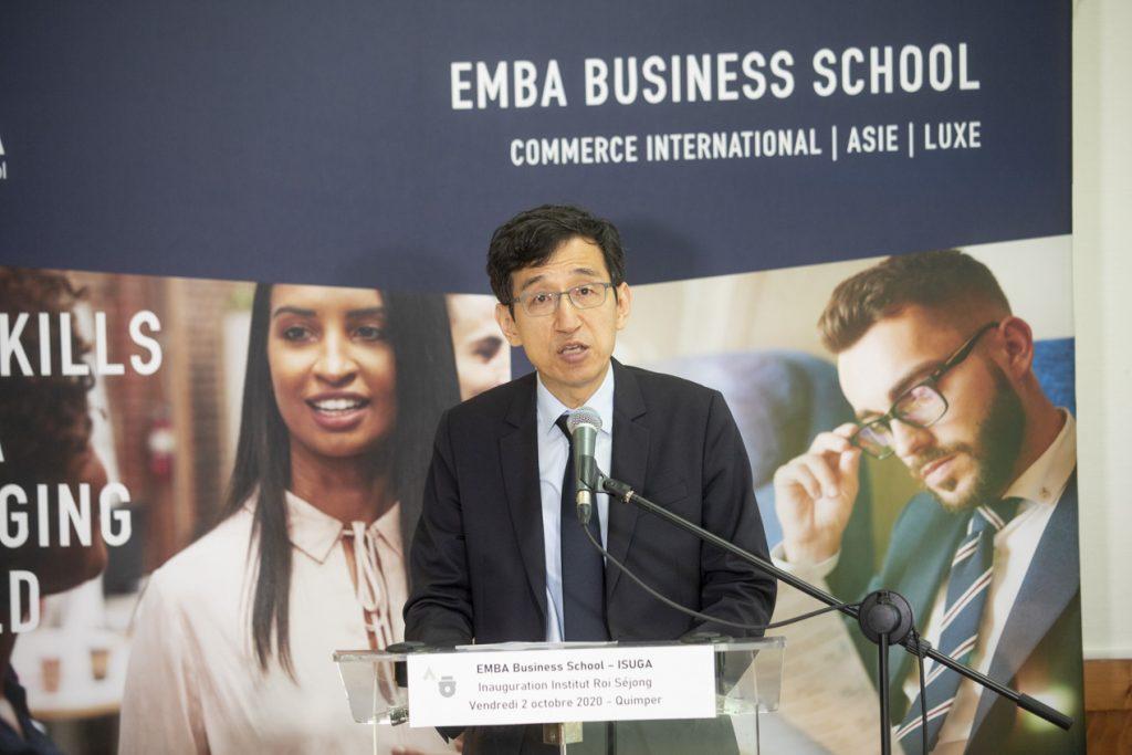 M. JOHN, Directeur du Centre Culturel Coréen