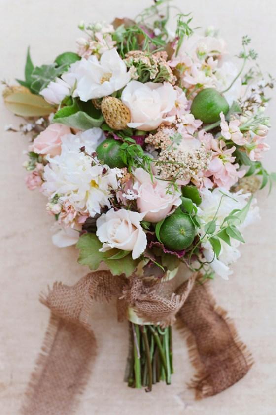 Fig-blush-wedding-flower-ideas