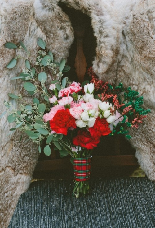extraordinary-rustic-plaid-wedding-inspirational-shoot-12-500x733