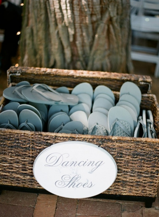 hlton-head-weddings-flip-flops