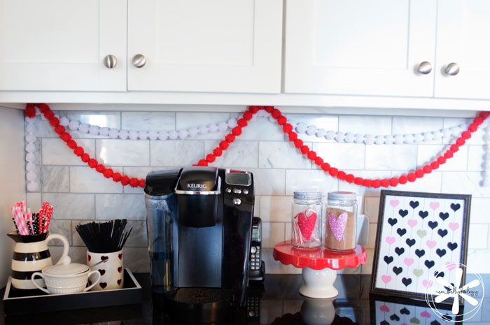 Decorating for Valentine's day doesn't have to be complicated. Here are 5 simple ways to decorate for Valentine's Day.