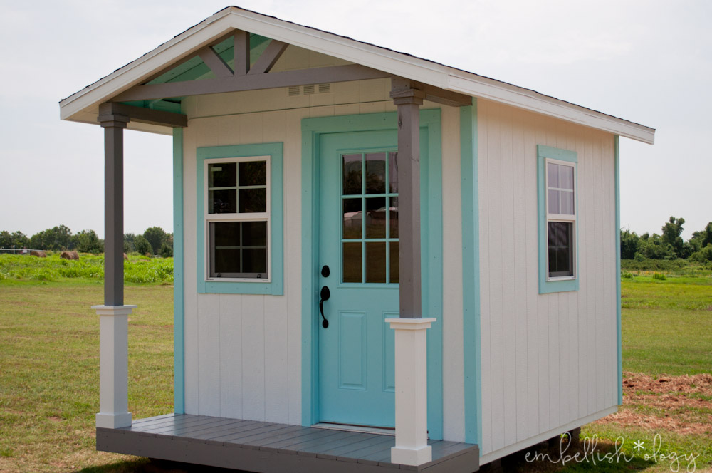 Construction is finished on the shed turned farmhouse style playhouse! Come take a tour of the exterior and get a peek at the inside.