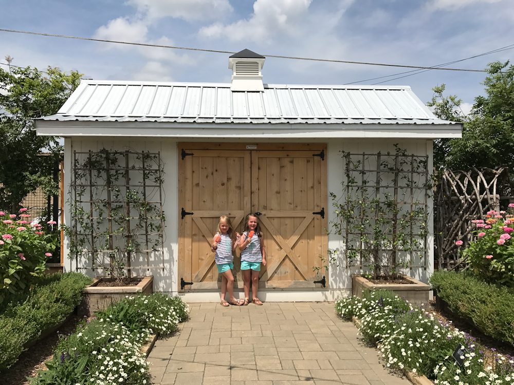 I'm sharing all about our quick trip to the Magnolia Silos including the items I purchased and my favorite design aspects.