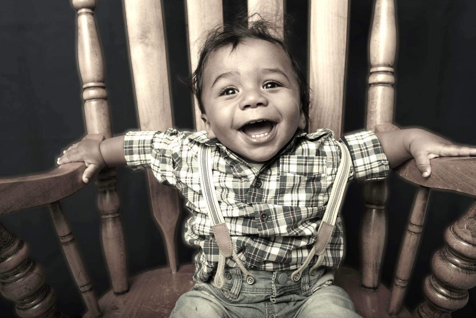 Embodied-Creative-Agency-Photoshoot-Photography-Little -Man-Big-Chair-Jaden