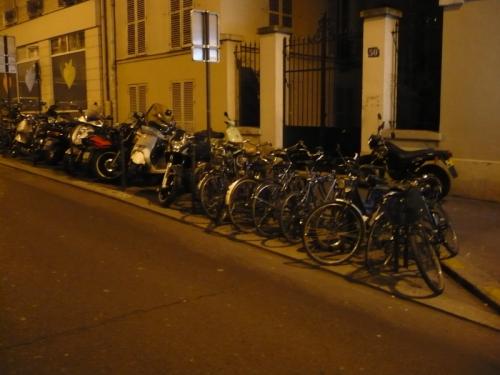 Bicykle a skútre sú hojne využívané na osobnú prepravu