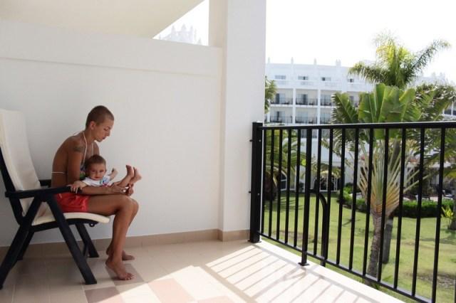 La hotel, in Gran Canaria, Yago avea vreo 5 luni.