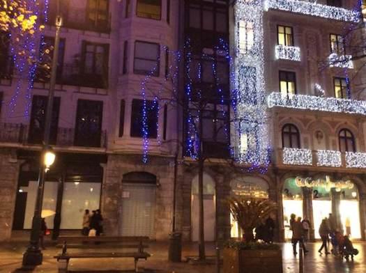 El Corte Inglés Bilbao y el edificio vecino