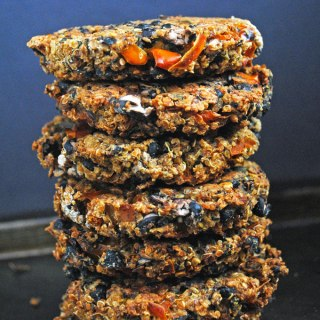 Black Bean Quinoa Veggie Burgers (vegan & gluten-free)