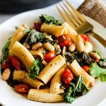 One Pan Tomato and Kale Pasta (vegan & gluten-free)