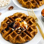 Vegan Oatmeal Pumpkin Waffles (gluten-free)