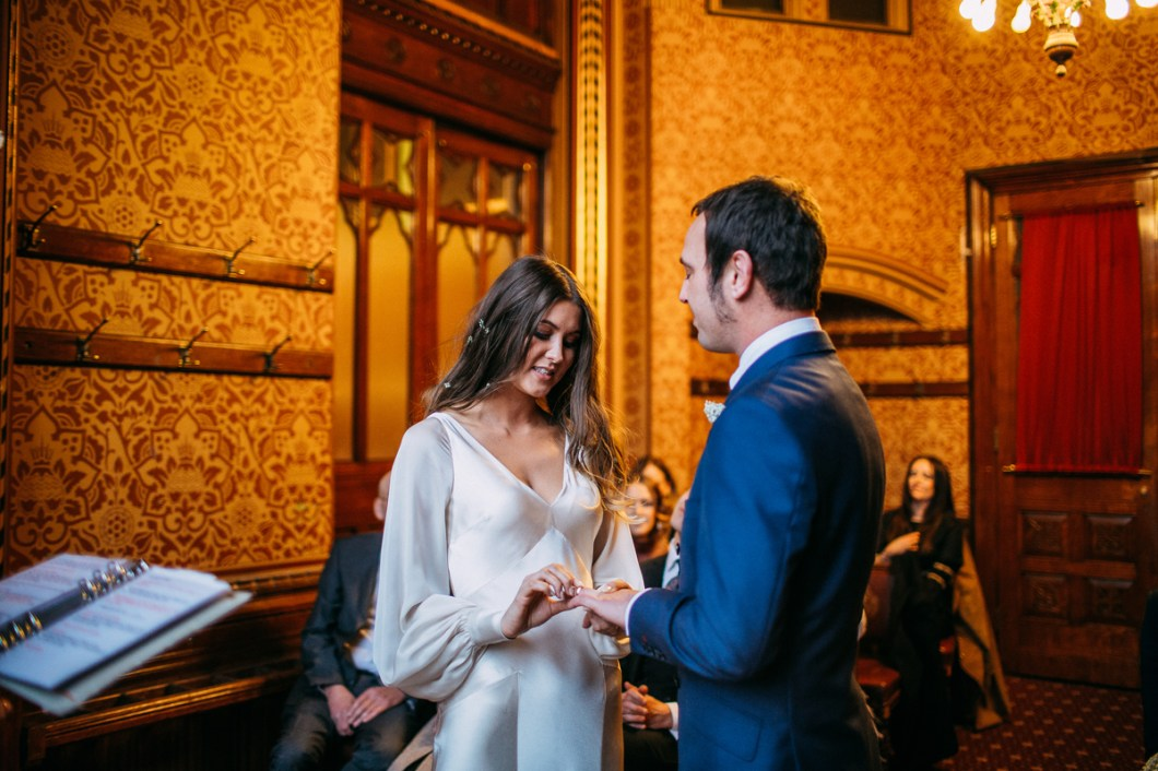 Exchange of rings during the Manchester wedding