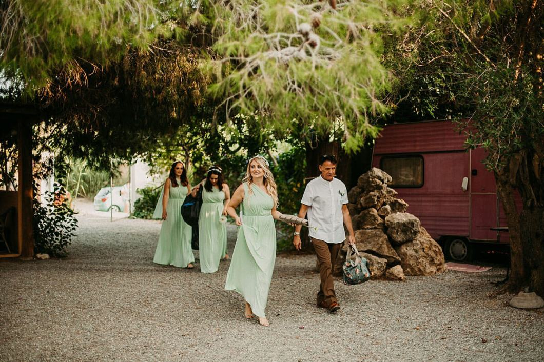 Bridesmaids arriving at the Hidden Bar