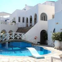 Hotel Kanales Review