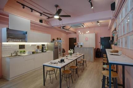 best hostels in singapore